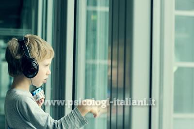 Neuroni mirror teorie sull 39 autismo infanzia e adolescenza articoli - Neuroni specchio e autismo ...